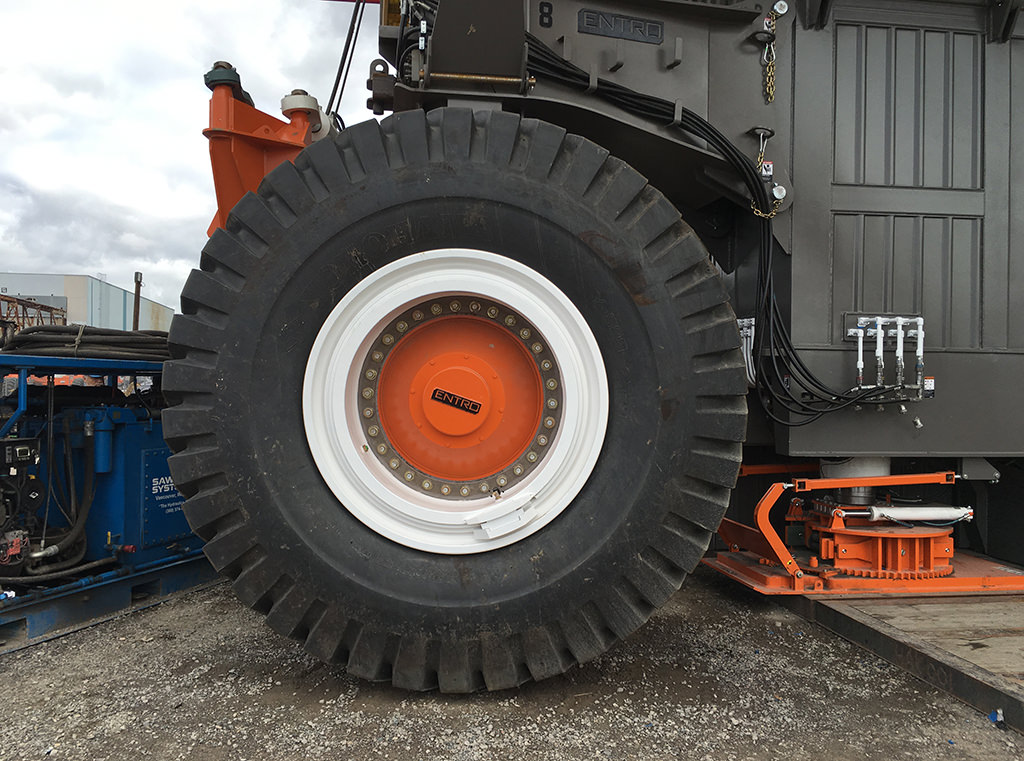 M565  HILCORP Entro Heavy Haul Axle capable of moving rig