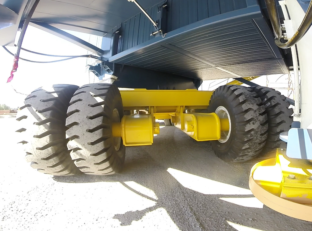 Heavy Haul Jeeps allow for greater manuvearbility in tight spots