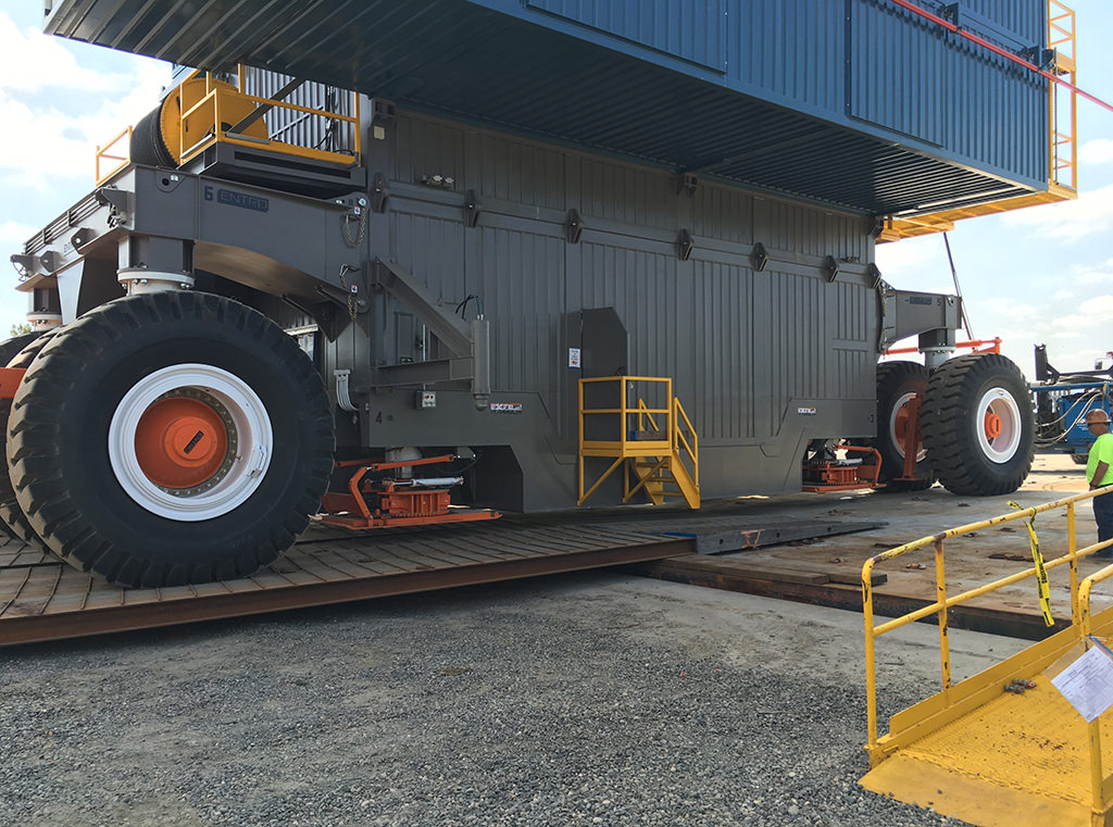 Innovation oil rig loaded on Entro heavy-haul suspension