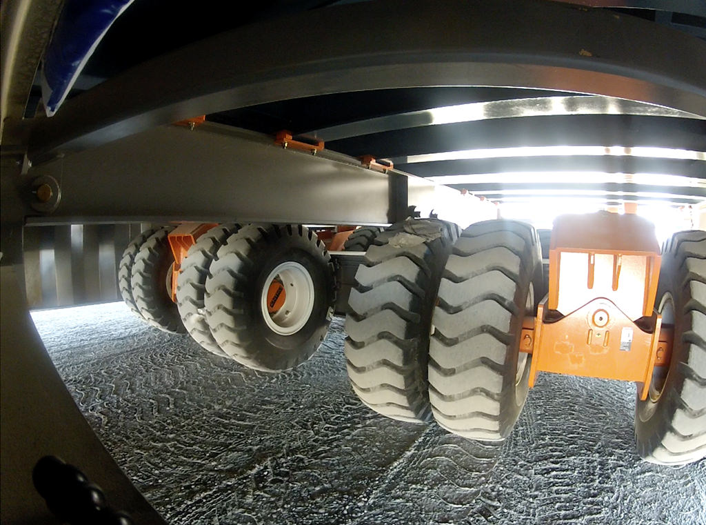 kneeling heavy-haul suspension